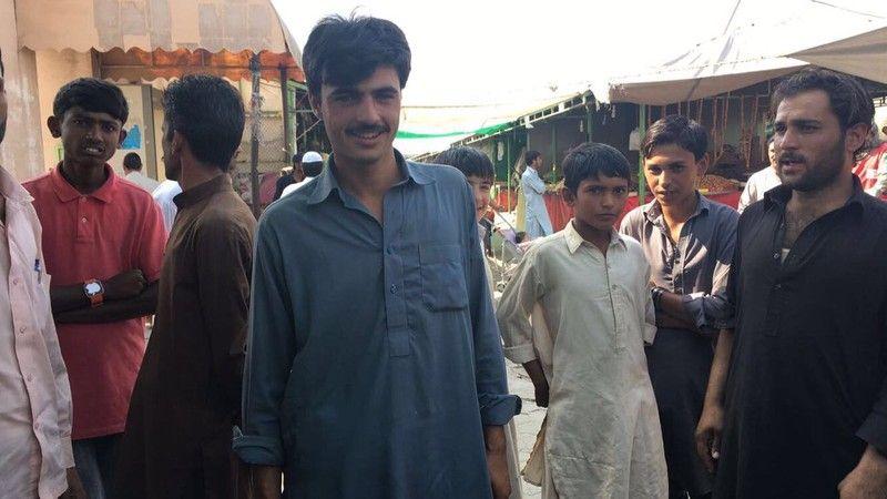 ▲巴基斯坦1名在市集中賣茶的帥哥Arshad