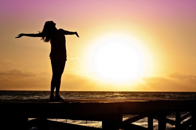 ▲塔羅牌艾菲爾老師分享了2021年3星座、生肖運勢超好!(示意圖,圖中人物與本文無關/取自pixabay)