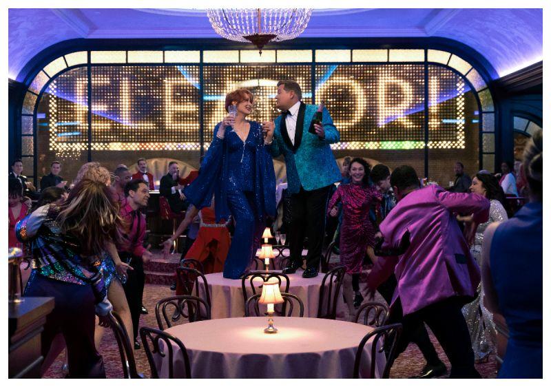 ▲▼梅莉史翠普(中)為學生們帶來一場前所未見的驚喜舞會。(圖/Netflix)