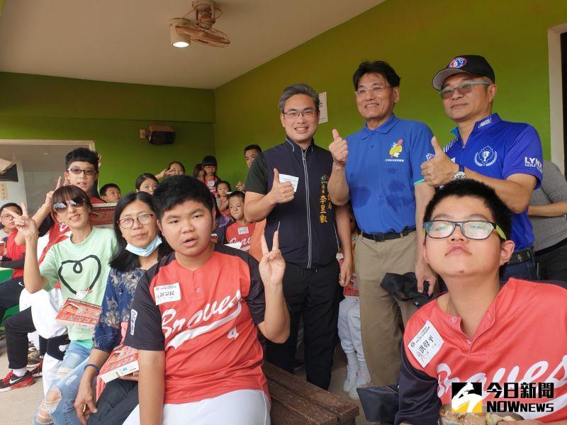 ▲LLB身障兒童棒球熱身賽在台中舉辦,來自各地百餘「小勇士」歡樂競逐。(圖/記者金武鳳攝,2020.10.24)