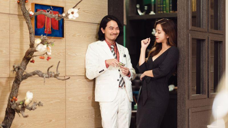 ▲楊銘威(左)、周曉涵分別飾演城隍爺、秦廣王。(圖