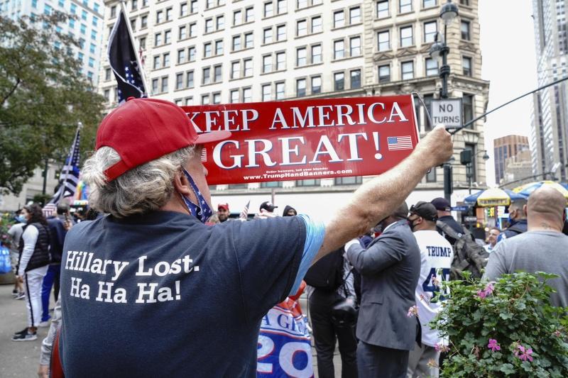 ▲ 2020 美國大選受到全球高度關注。圖為川普支持者。(圖/美聯社/達志影像)