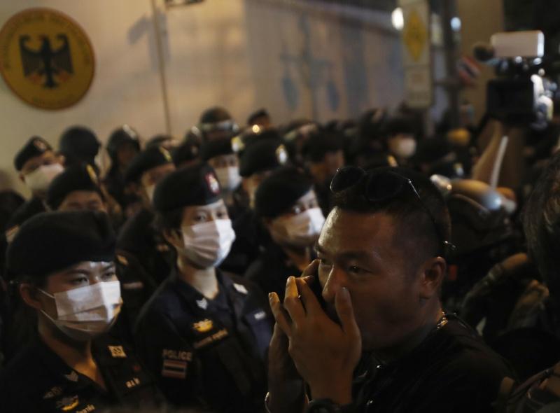 泰國反政府示威 籲德國協助調查泰王旅德行為
