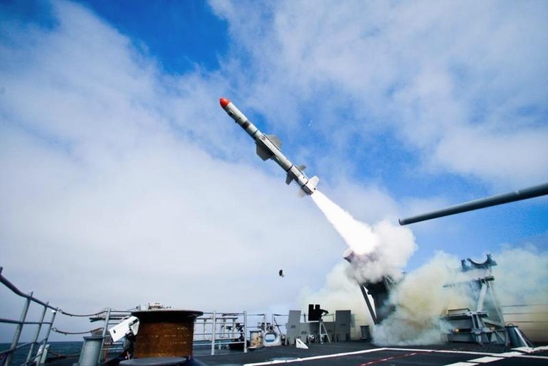 ▲美國政府於美東時間 26 日就「魚叉飛彈海岸防衛系統」對台軍售案,進行「知會國會」程序。魚叉反艦飛彈資料照。(圖/翻攝自 USNI News )
