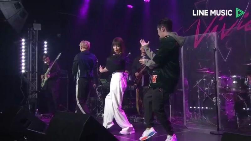 ▲Shawn(左起)、徐若瑄、熊仔在音樂會現場打起太極拳。(圖/翻攝LINE