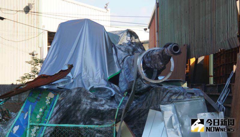 ▲國軍戰備週登場,CM11戰車藏身民間資源回收場。(圖/記者呂炯昌攝.2020.10.28)