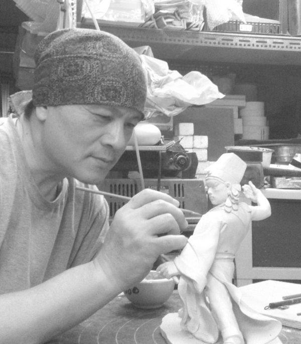 ▲第六屆臺灣工藝之家決審認證的嘉義縣侯春廷老師。(圖/嘉義縣政府提供)