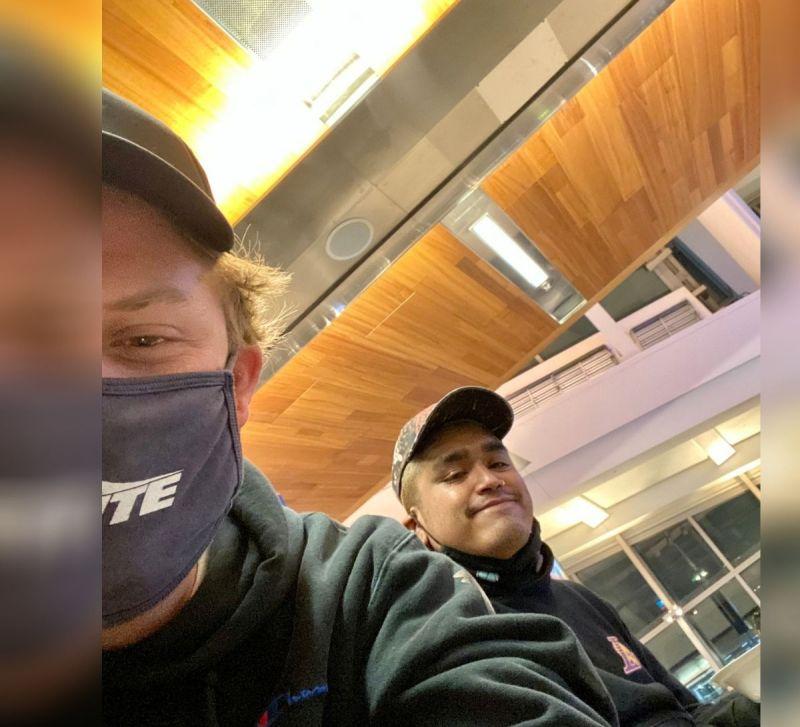週二,美國知名DJ貼出機場登機照,並公布目的地是台灣,吸引粉絲關注。