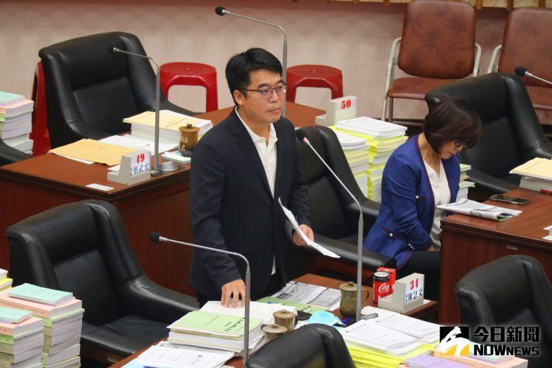 ▲民進黨高雄市議員邱俊憲。(圖/記者鄭婷襄攝)