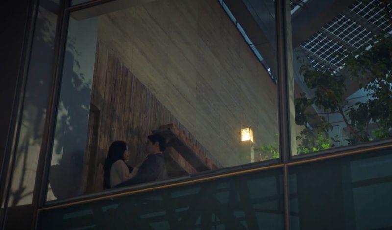▲劇中,嚴基俊(左)跟金素妍背著另一半偷情。(圖/翻攝愛奇藝海外站)