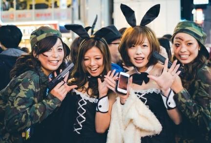 ▲為何日本街頭超瘋萬聖節?知情人揭1盛行文化。(圖/翻攝自PTT)