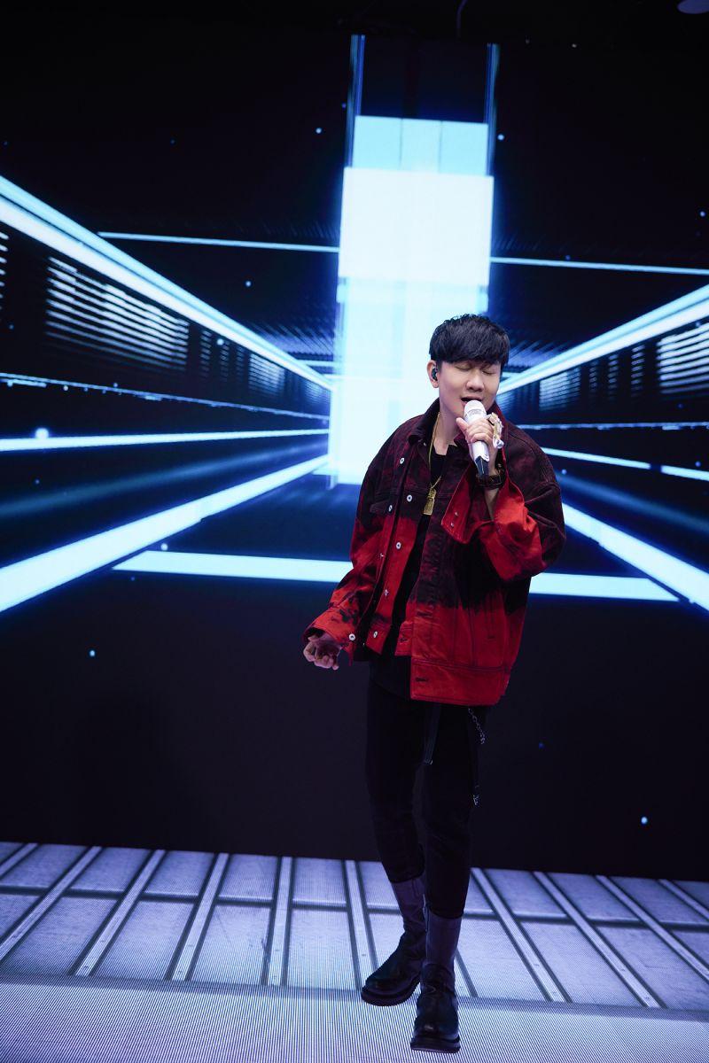 ▲林俊傑舉辦線上開唱。(圖/華納音樂提供)
