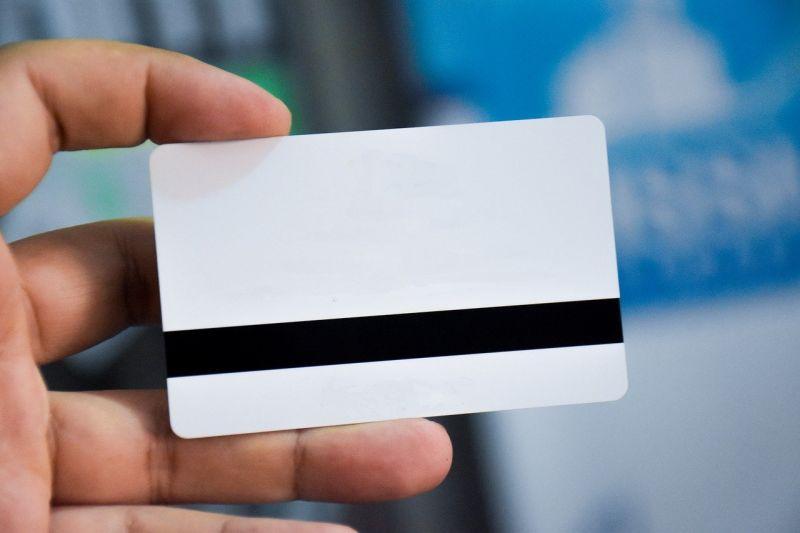 ▲女網友到連鎖3C賣場購物,遇到店員推銷申辦會員卡,直到最後一步才發現「驚人真相」。(示意圖/翻攝自Pixabay)