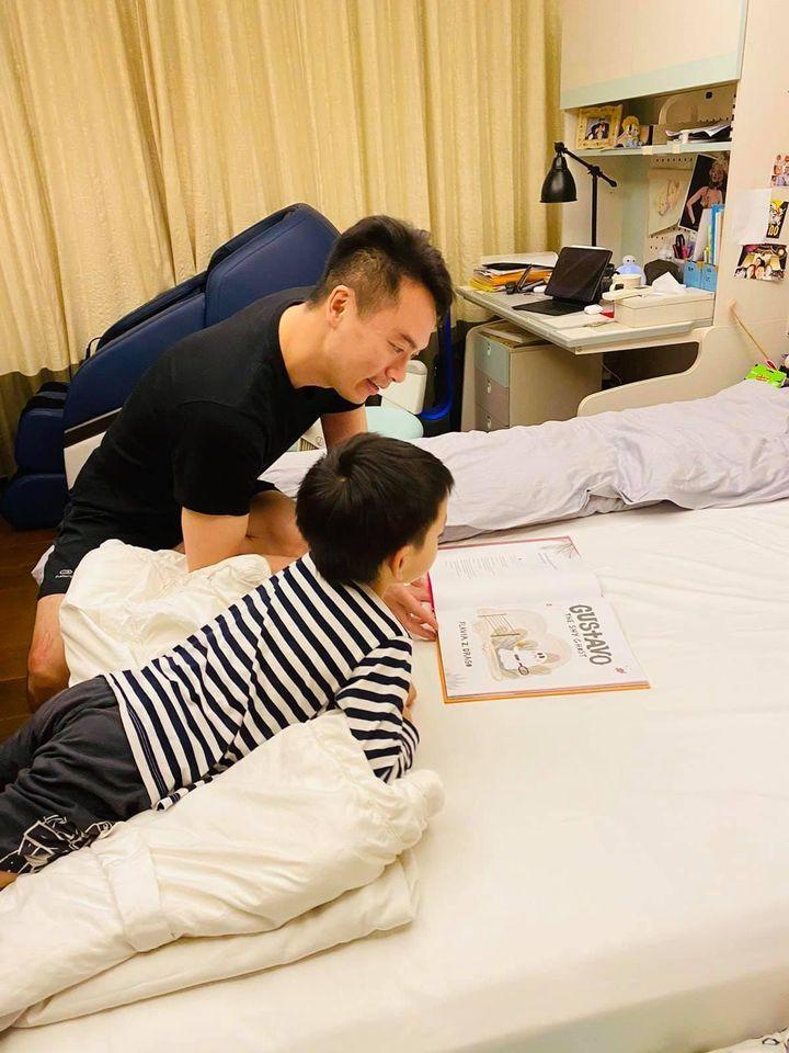 ▲徐若瑄老公(左)被隔離昨天才出關。(圖/徐若瑄臉書)