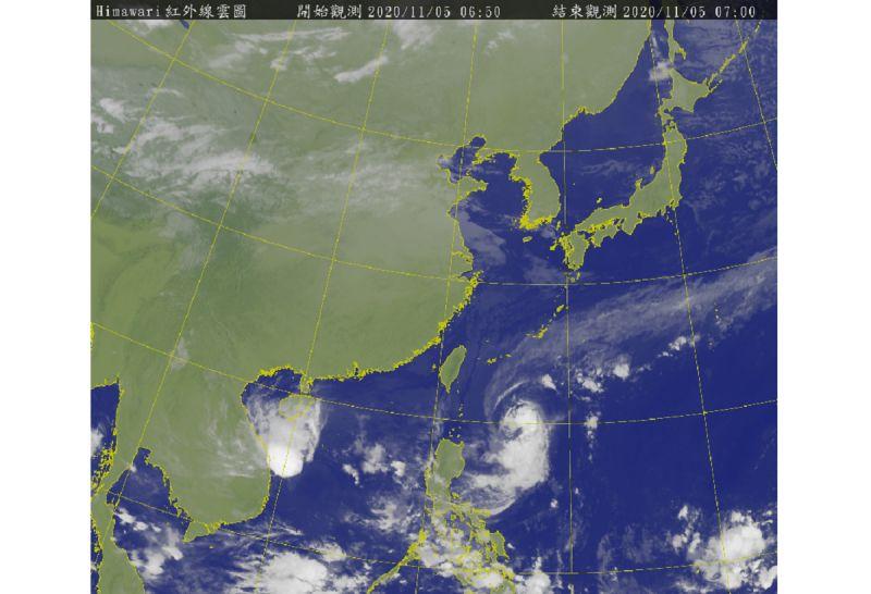 閃電颱風外圍環流影響!吳德榮:明日「兩地」風雨皆很大