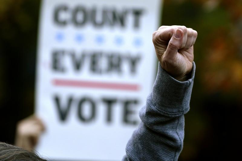 美國參眾兩院改選 至少131位友台議員連任成功