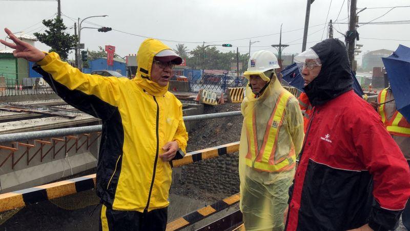 縣長潘孟安恆春半島巡察 籲請鄉親注意防範入夜強風豪雨