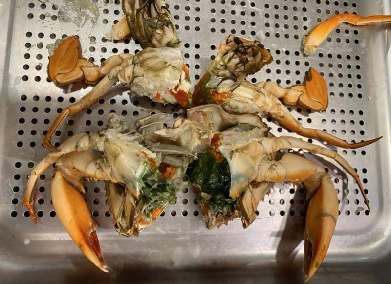 爽買好市多螃蟹!她剖開見「詭異畫面」愣住:這能吃嗎?