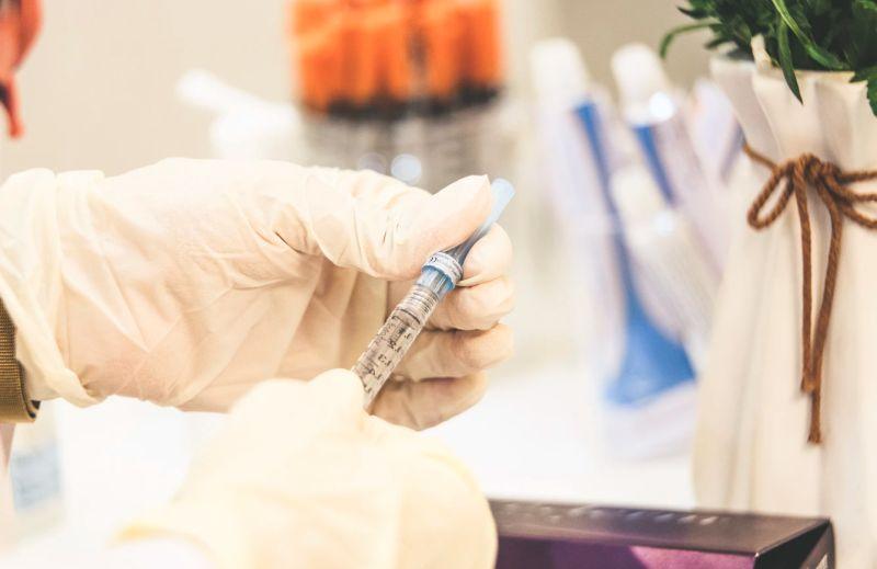 ▲俄羅斯總統普丁( Vladimir Putin )下令,未來數天「史普尼克 V 」( Sputnik V )疫苗產量將達 200 萬劑,指示有關官員為下週起全國大規模接種做好準備。(示意圖/取自unsplash)