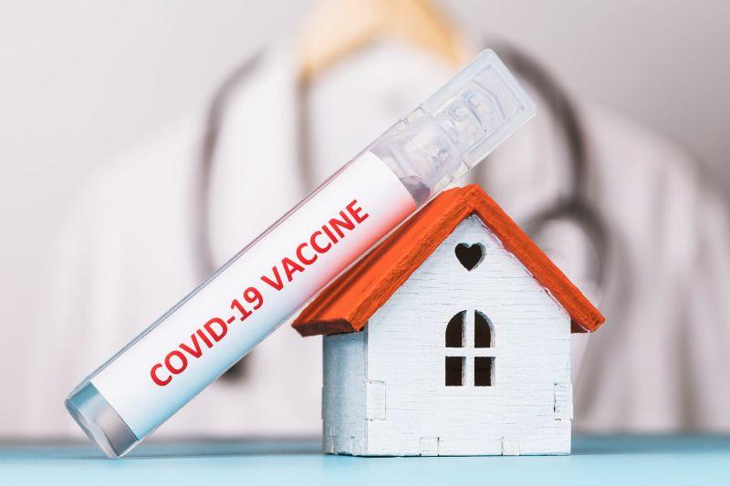 ▲美國輝瑞公司宣稱COVID-19疫苗高達9成效果,不過,謝宗學醫師認為「還有許多未解的問題」。(圖/翻攝自臉書粉專《Dr.