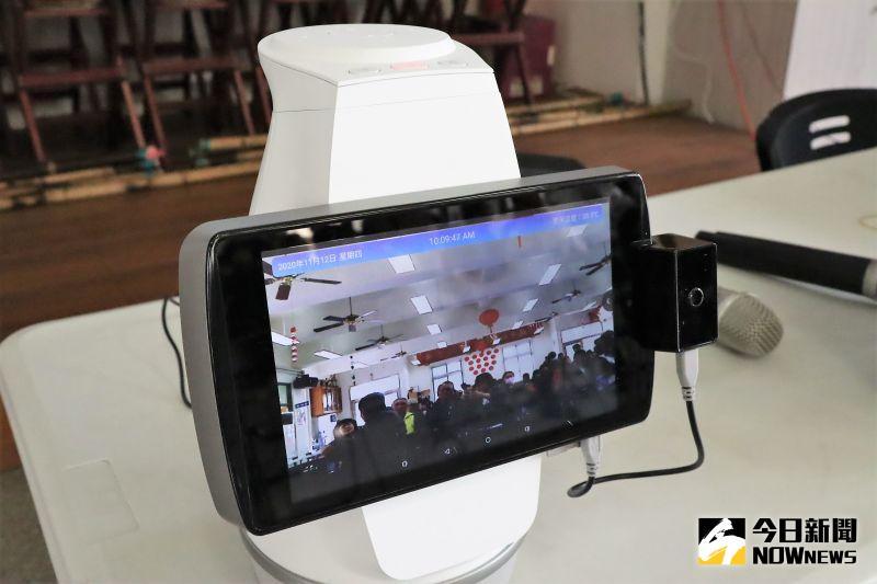 ▲Bobii智能影音管家全面應用「大人物(大數據、人工智慧、物聯網)」三大5G發展機制,串連LiTV線上影視、YouTube兩大數位媒體平台,提供多元的海量影音娛樂內容。(圖/記者張塵攝,2020.11.12)