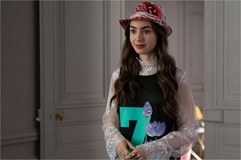 ▲不少網友推測第二季,將會以艾蜜莉的職場和愛情故事為主。(圖