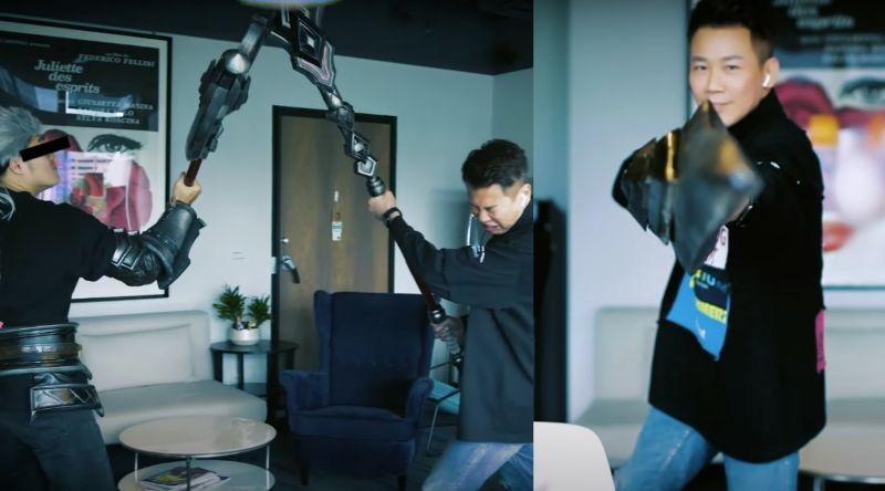 ▲陶喆回敬高爾宣為《天堂M》譜寫的《TITAN》,還與新角色「狂戰士」在辦公室對決。(圖/陶喆 David Tao YouTube)