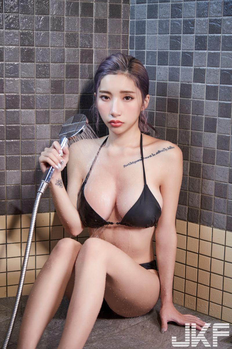 ▲蕭晴替JKF