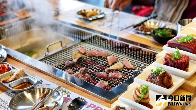 ▲「虎樂plus火烤吃到飽」結合了國人最愛的燒烤及火鍋、日料及韓食。(圖/記者陳美嘉攝,2020.11.13)