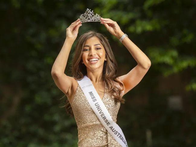 ▲沙蒂爾豔冠群芳,贏得澳洲環球小姐后冠。(圖/翻攝自MARIA