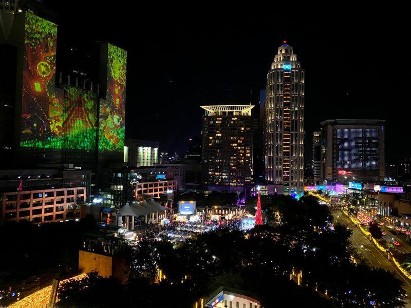 板橋逛完耶誕城還能去哪?內行揭在地景點:燈光美氣氛佳