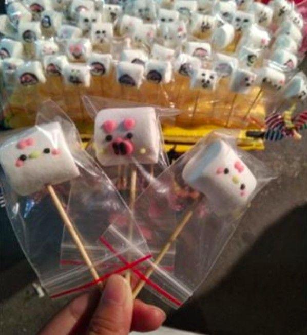 ▲在地人抖出另一對「棉花糖兄妹」也在台南各大夜市叫賣販售棉花糖。(圖/翻攝Dcard)