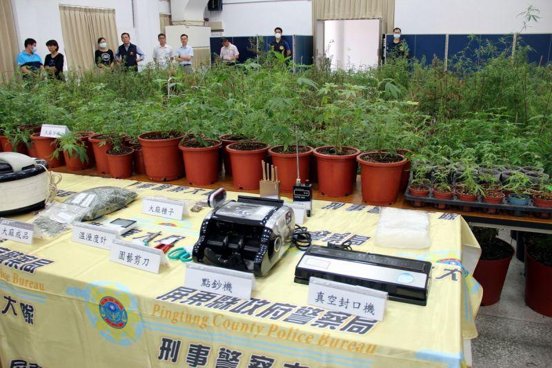 破獲歷年最大宗大麻製造工廠 縣長潘孟安慰問有功員警