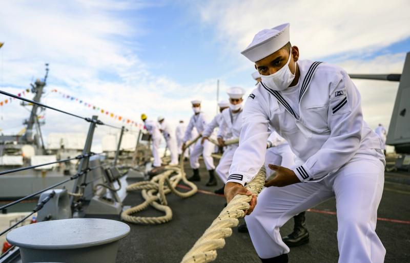 ▲隸屬海軍太平洋艦隊的「麥可墨菲」號,遭美媒踢爆近期也出現新冠肺炎群聚感染,近 1/4 的船員中招。資料照。(圖/美聯社/達志影像)