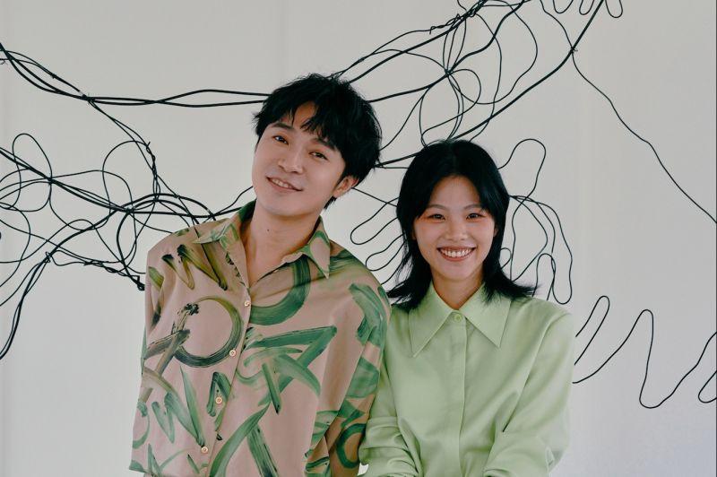 柯泯薰邀請吳青峰共同作曲《另個時空的你》。(圖/華研國際提供)