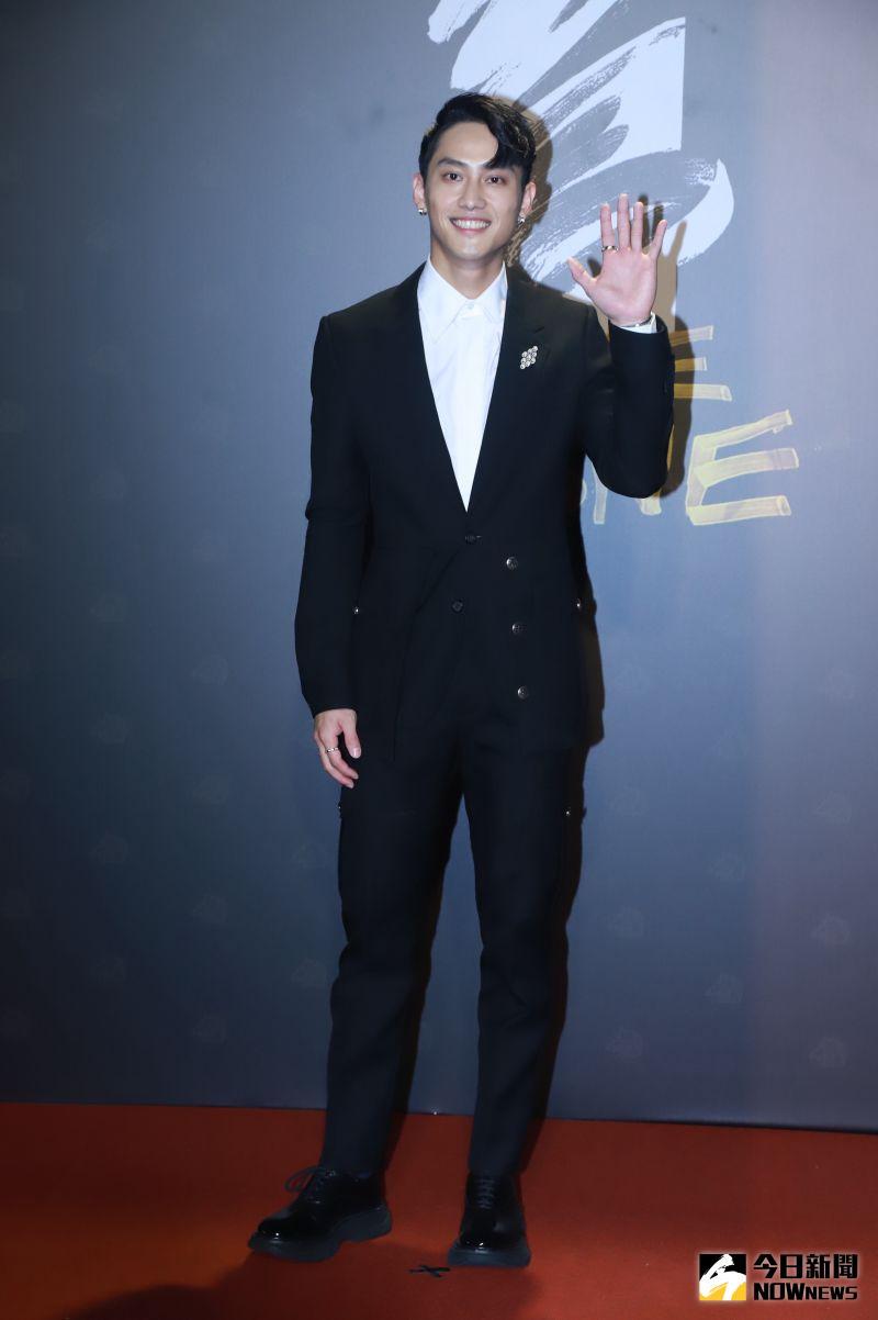 ▲范少勳以一身黑色的西裝亮相。(圖/NOWnews影像中心)