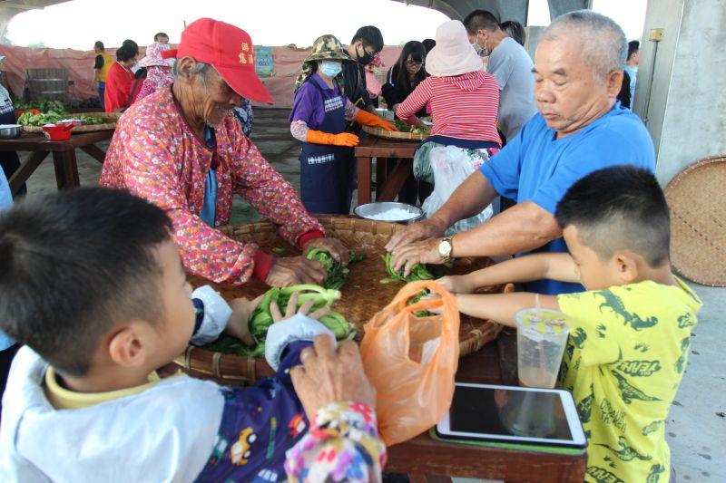 大斗南地區活動熱滾滾 農食咖啡酸菜同日揭幕