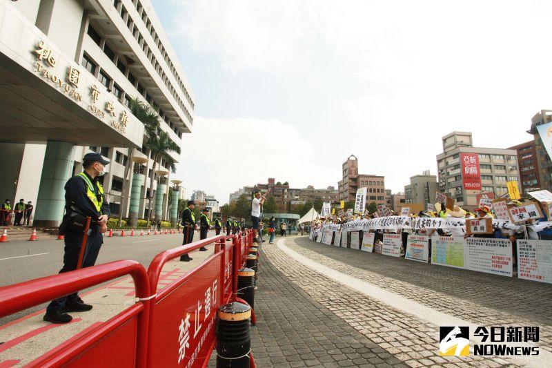 民眾抗議航空城徵收不公