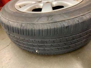 ▲汽車輪胎胎紋深度不足會影響行車安全,因此早已被納入定期檢驗的項目之一。(示意圖/翻攝Costco好市多 商品經驗老實說臉書)