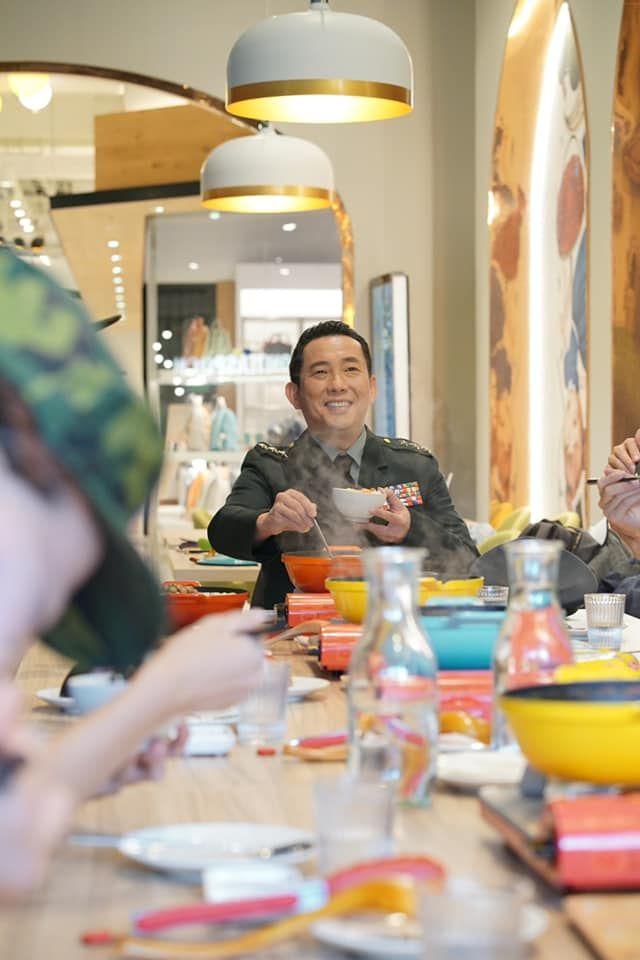 ▲屈中恆受女兒影響愛吃韓食。(圖/劉震川韓潮吧提供)