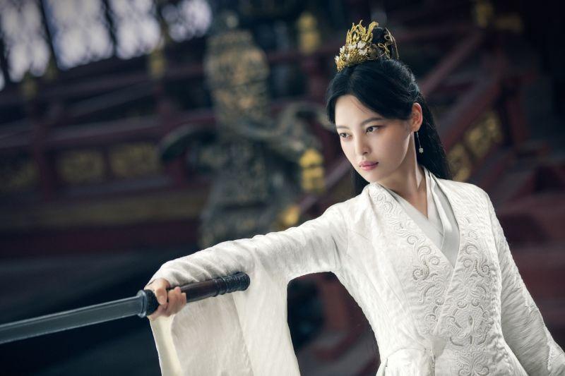 ▲辛芷蕾在《慶餘年》飾演海棠朵朵。(圖