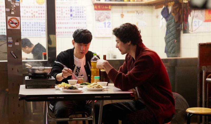 鳳小岳街頭開打 驚呆好友林俊傑