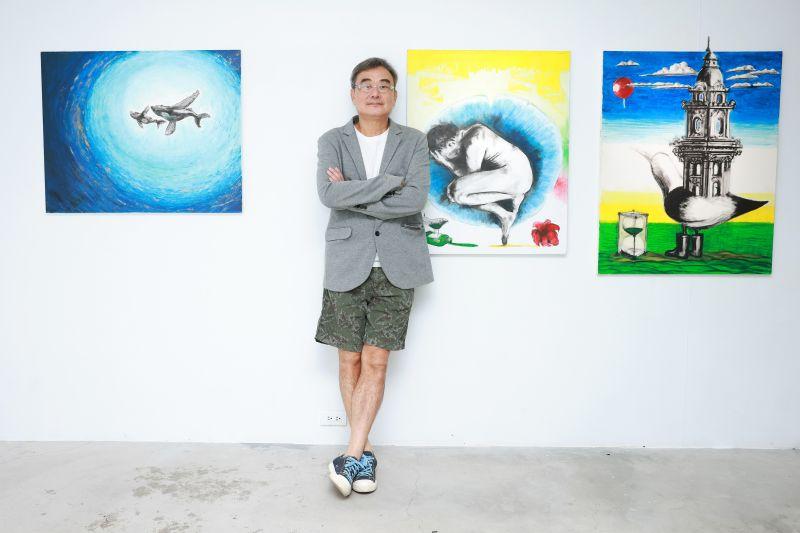 ▲陳昇現身畫展,分享開刀後的復原狀況。(圖/新樂園製作有限公司提供)