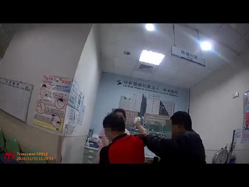 台中精科園區員工遭機檯斷指 警急開道
