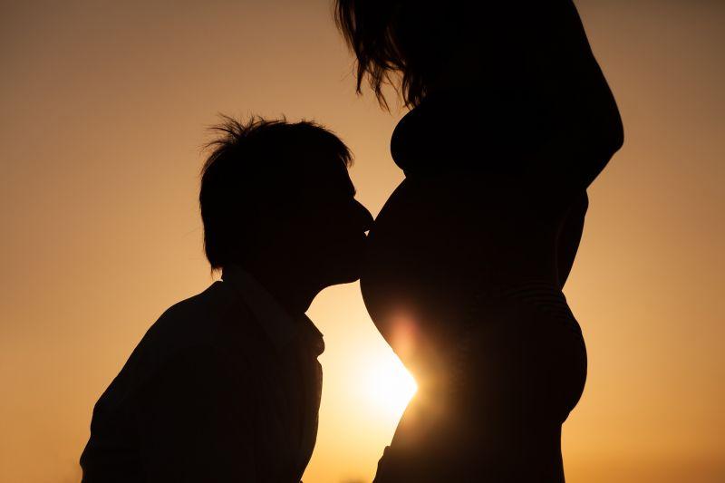 她懷孕4月「下體爬滿小蟲」癢爆!醫師嚇:老公麻煩大了