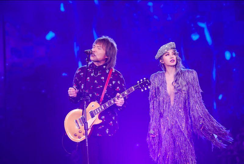 ▲蔡依林(右)請來伍佰擔任演唱會嘉賓。(圖/凌時差提供)