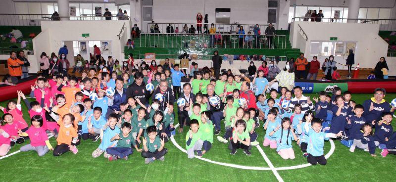 ▲參賽隊數也從去年的19隊增加到21隊,可見足球運動在馬祖是有發展潛力的項目。(圖/中華足協提供)