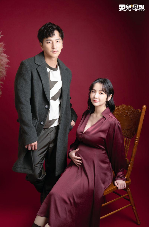 ▲小煜(右)與28歲護理師女友言兒(李顏言)閃電結婚。(圖