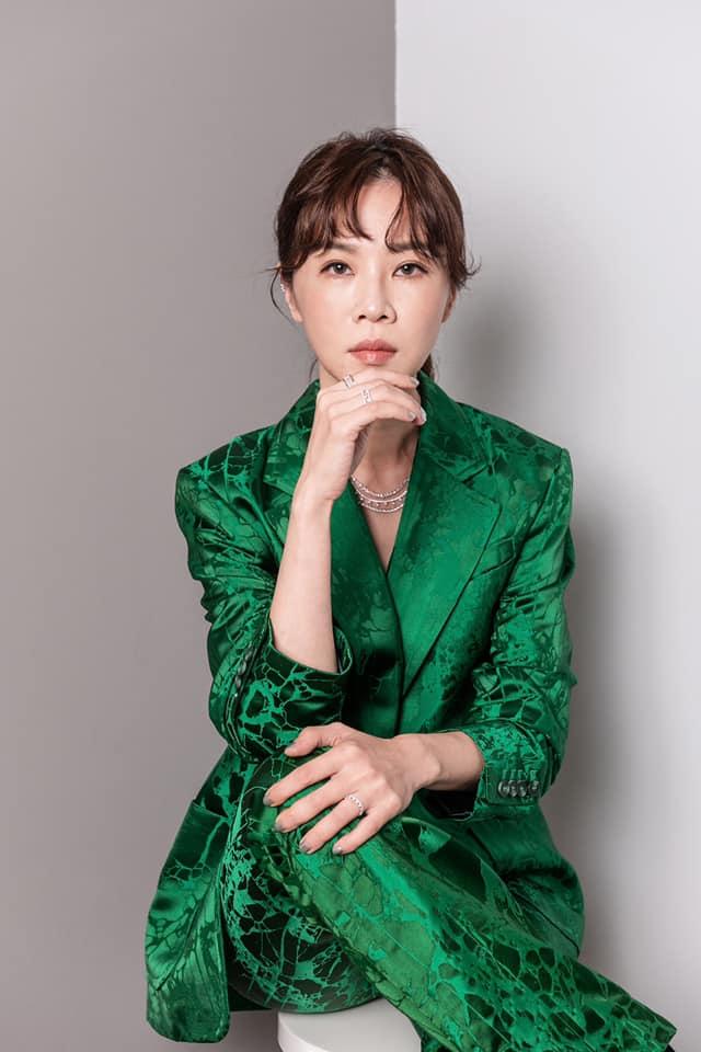 ▲如今的謝盈萱,認為相處比婚紙重要。(圖/謝盈萱臉書)