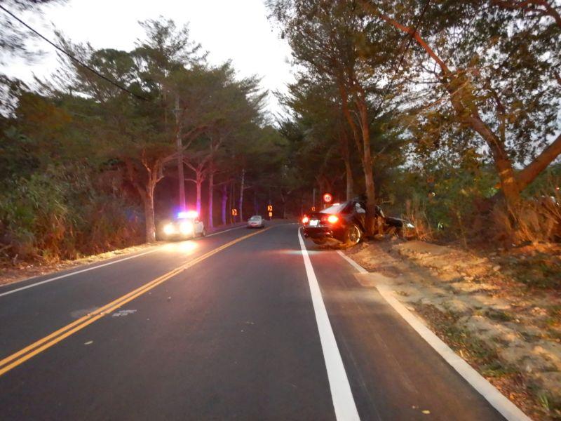 ▲彰縣道139線20K素有「死亡彎道」稱號,又發生轎車在19K的彎道失控撞路樹,實在太「邪門!」。